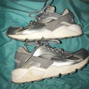 Woman's Nike Air Huaraches - Size 8